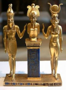 Osiris and his family - a statue from the 22nd dynasty (photo by Guillaume Blanchard)